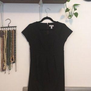 🦚 Liz Lange Maternity black dress